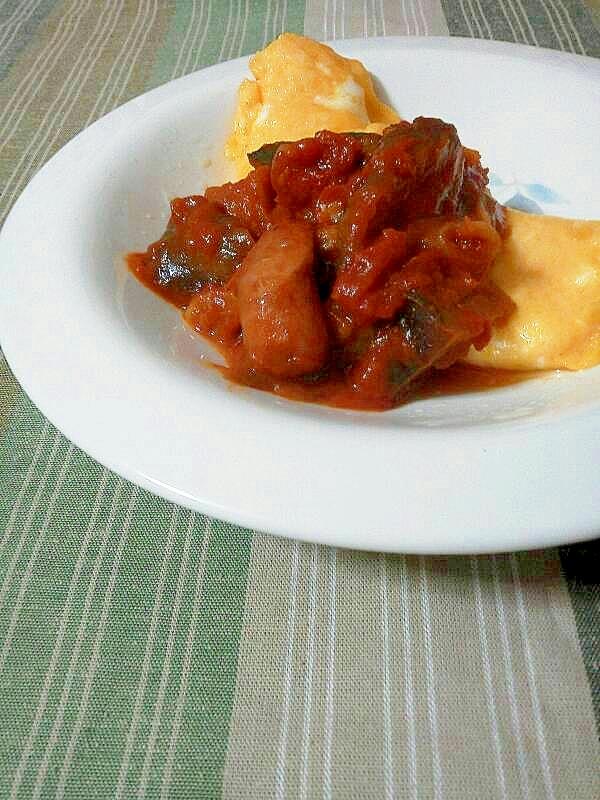 ラタトゥイユde野菜たっぷりトマトソースオムレツ