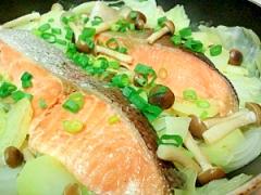 鮭と野菜の簡単蒸し焼き☆至高の簡単レシピ☆