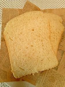 HBでほんのり甘いおから米粉パン