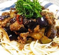 挽肉茄子のピリ辛素麺