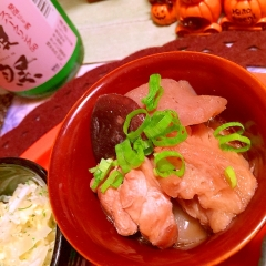 車麩と鶏手羽トロ肉のちょいピリ辛煮