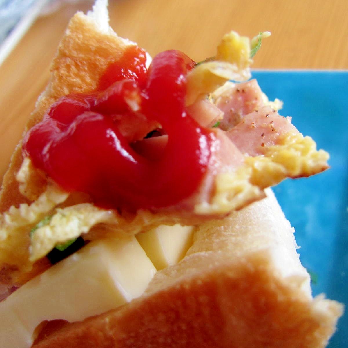 スパム卵チーズレタスサンド
