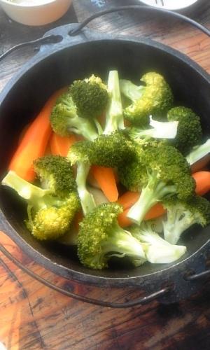 ダッチオーブンde野菜蒸し
