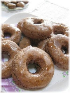 ホットケーキミックスで揚げずに焼きドーナツ!