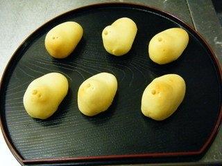 元祖福岡の可愛い和菓子「名菓ひよこ」型饅頭