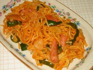 中華麺でナポリタン
