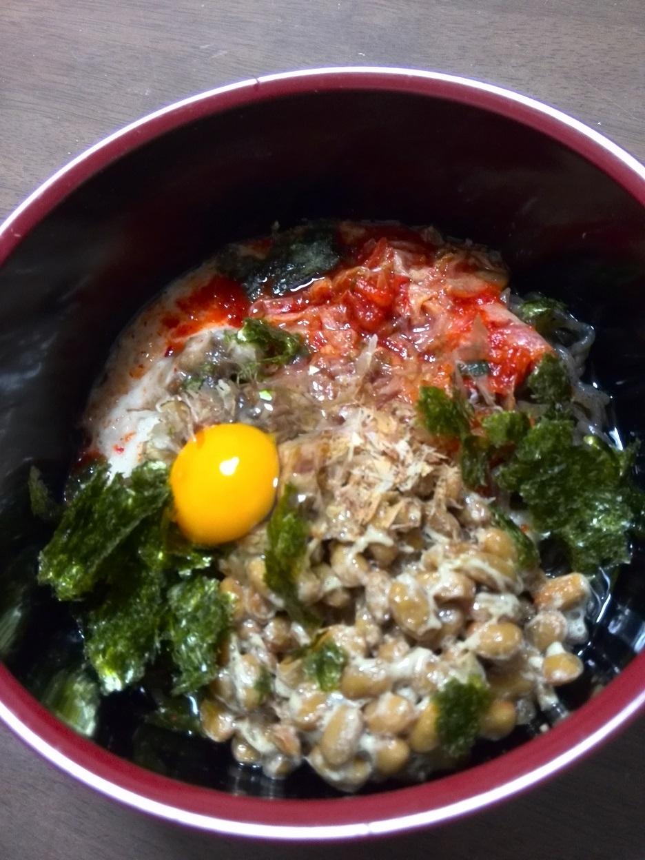 ダイエット中の便秘解消に キムチ納豆麺風