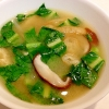 大根と椎茸とレタスの味噌汁