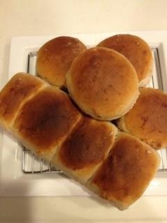 蜂蜜と米粉で甘ウマ!胡桃パン
