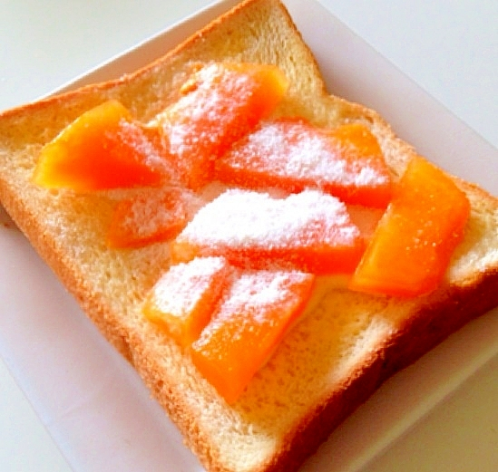 冷凍メロンで甘いメロントースト