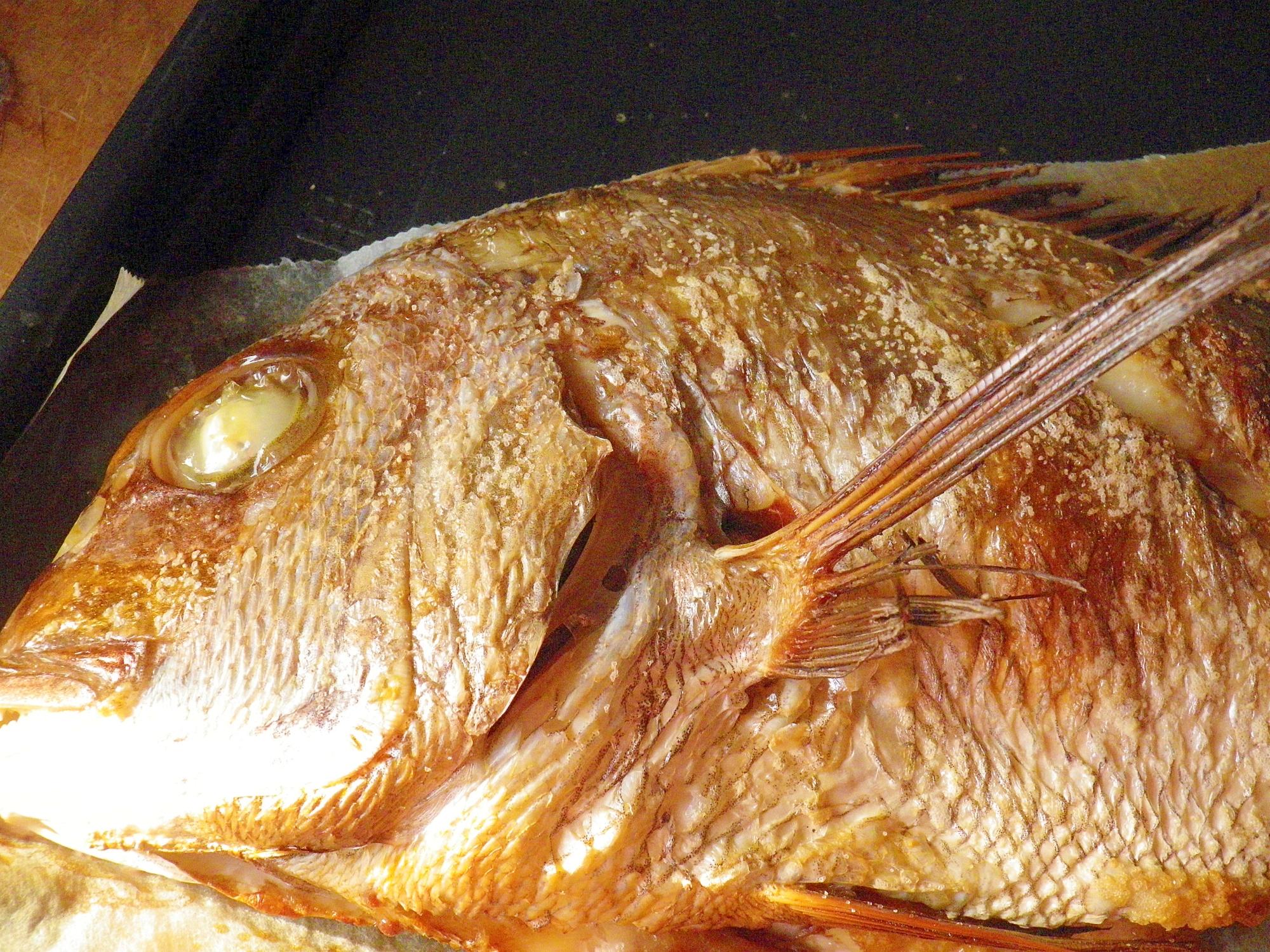電子レンジ(グリルメニュー)de鯛の姿焼き