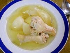 圧力鍋でかぶと鶏肉の昆布だしスープ