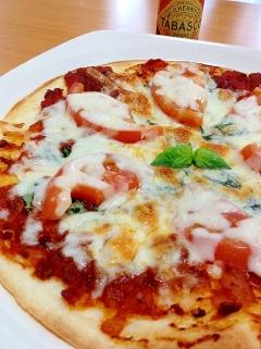 残ったミートソースで簡単本格ピザ