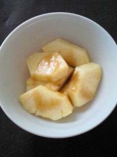 砂糖漬け黒蜜パイナップル