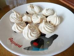キスチョコ風メレンゲクッキー