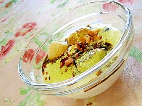 白玉団子と黒蜜抹茶のコラーゲンヨーグルト