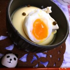 おぼろ豆腐de半熟卵とチーズの洋風冷奴