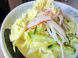 春レシピ♪春キャベツとかにかまの和風ごまサラダ