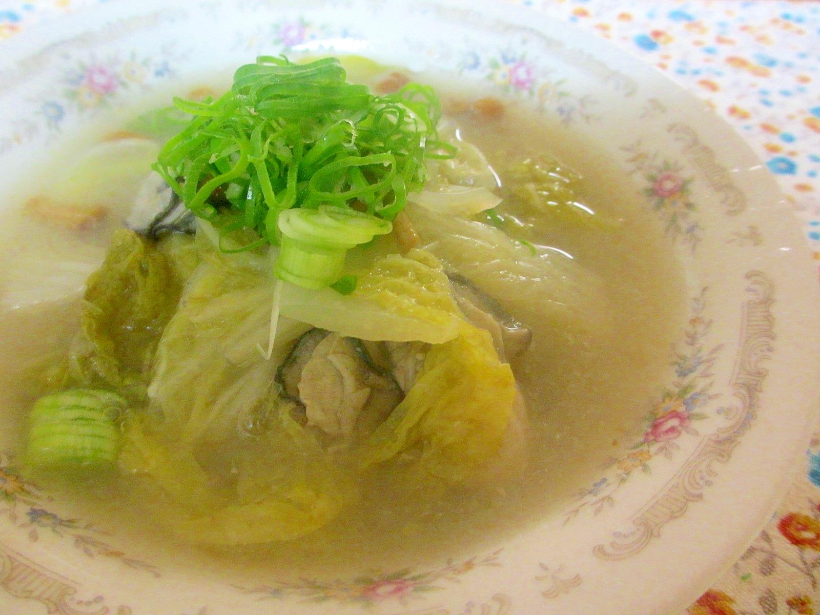 カキと白菜となめこのみぞれスープ