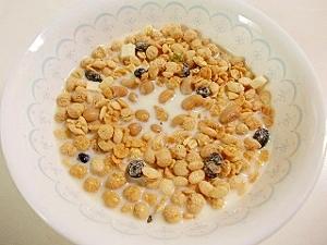 トリプル大豆♪豆乳、大豆、大豆グラノーラ