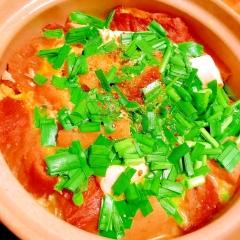 お麩とお揚げとお豆腐のぷるぷる韮玉鍋