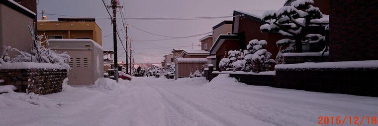 12/18朝の雪景色.jpg
