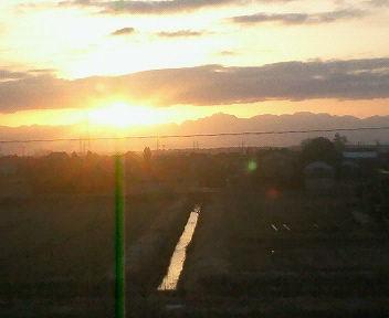 春分の日の日の出、2012年3月20日午前6時14分