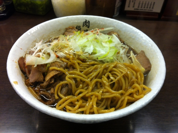 肉そば総本山 神保町 けいすけ 肉そば(醤油) 麺