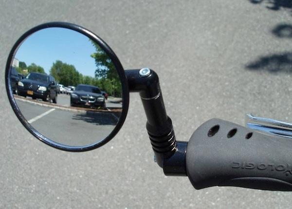 オシャレで機能的な自転車用サイドミラー Wrist Worn Mirror がカッコイイ! 愛すべき道具達