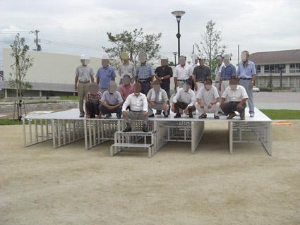 折りたたみ式(組み立て式)アルミ製ステージ 岡山県総社市