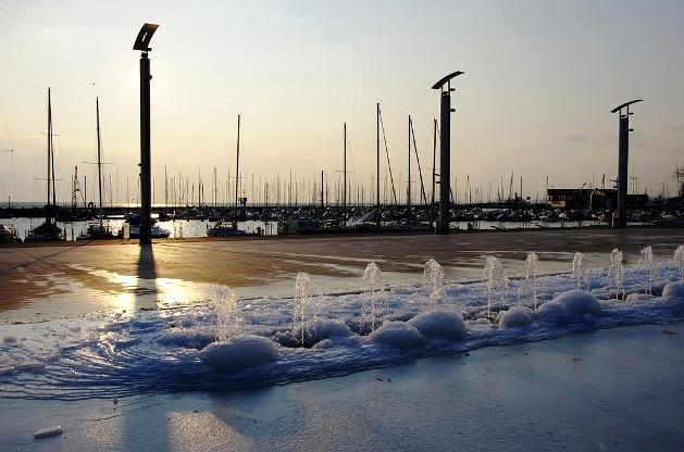 +0223 iced Lausanne.jpg