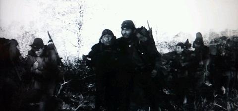 20120821用強行軍にて部下をいたわる.JPG