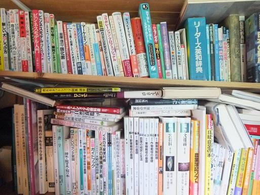 本棚ぎっしり.jpg