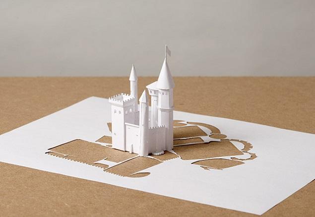 紙のお城!?