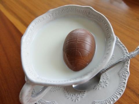 コストコ  ミルク チョコレート イースターエッグ 1,468円也 新商品 ココア