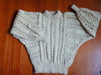 ほっそりみえるセーター.jpg