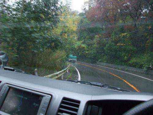 雨の磐船街道