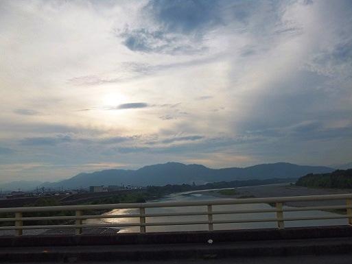 仁淀川を渡り.jpg