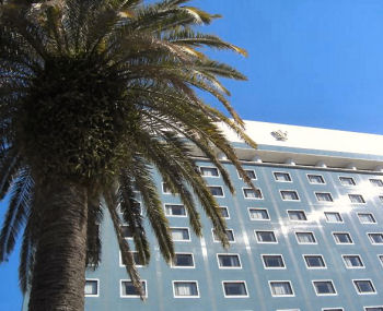 観光ホテル