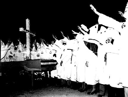 一体改革、民自公が合意。と白人...