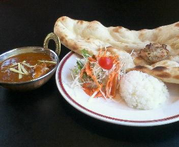 インド料理専門店のカレー