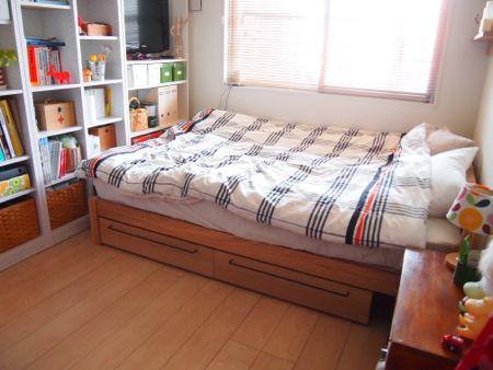 木製ベッドフレーム用ポケット収納