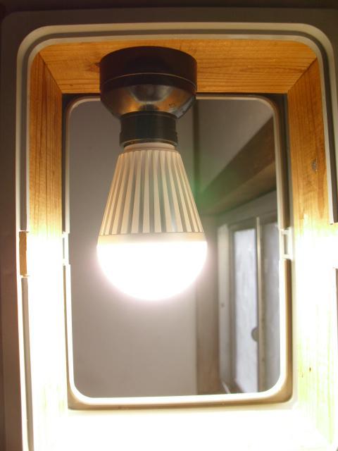 ボーベルLED電球20120203