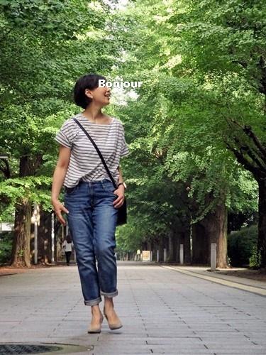 カットソー:Drawer、スカート:IENA SLOBE 靴下:UNIQLO ヒートテック リブソックス(たぶん) バッグ:無印良品、パンプス:Christian  Louboutin