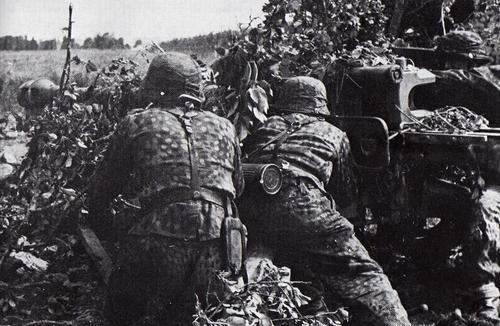 l'artillerie Img1491a339zikezj