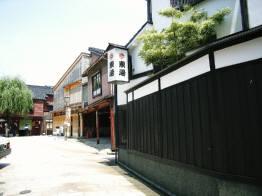 ひがし茶屋街1