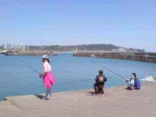 御宿で海釣り・オネエと葉っぱさん