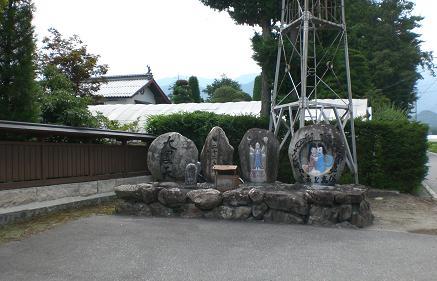 道祖神蕎麦屋前.JPG