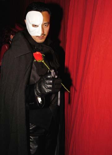 「オペラ座の怪人」風マント