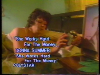 69 she works hard for the money (donna summer).JPG